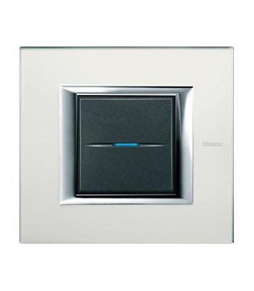 Выключатель в сборе Bticino серии Axolute (прямоугл. формы), Кристалл стекло