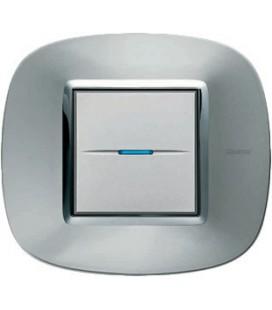 Выключатель в сборе Bticino серии Axolute (овальной формы), Зеркальный алюминий